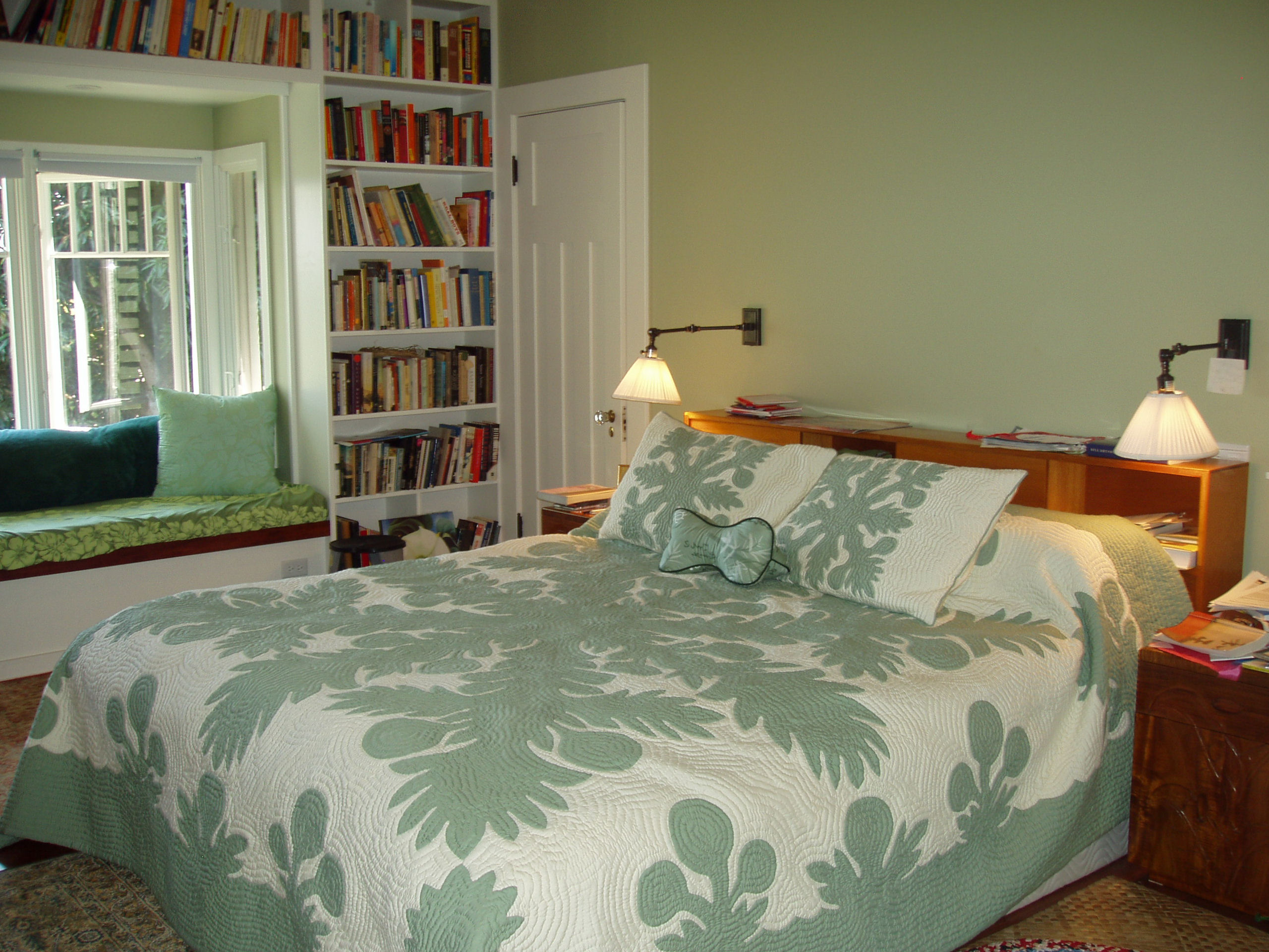 Master Bedroom And Window Seat Bay Window